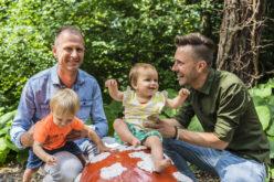 Persbericht: Stichting Meer dan Gewenst vaart met roze ouders en hun kinderen mee met de Canal Parade